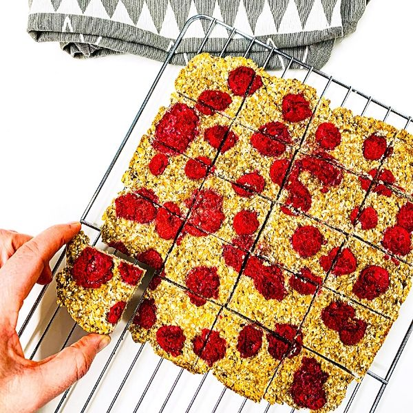 Raspberry Oat Bake